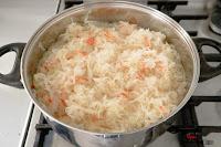 bigos, dania obiadowe, domowy bigos, kapusta kiszona, Kapusta kwaszona, suszone grzyby, pieczarki,