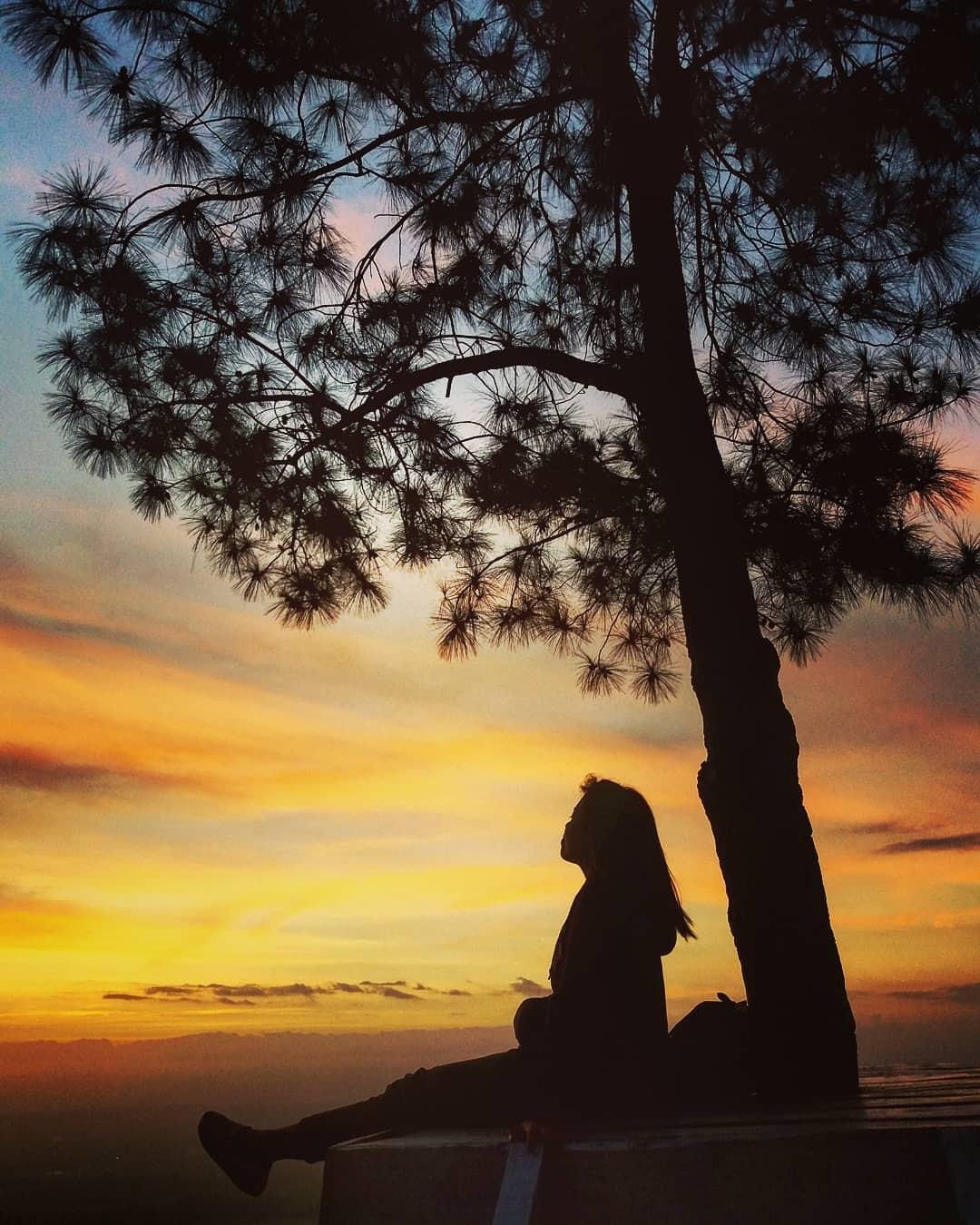 Sunset di Puncak Becici Dlingo Bantul