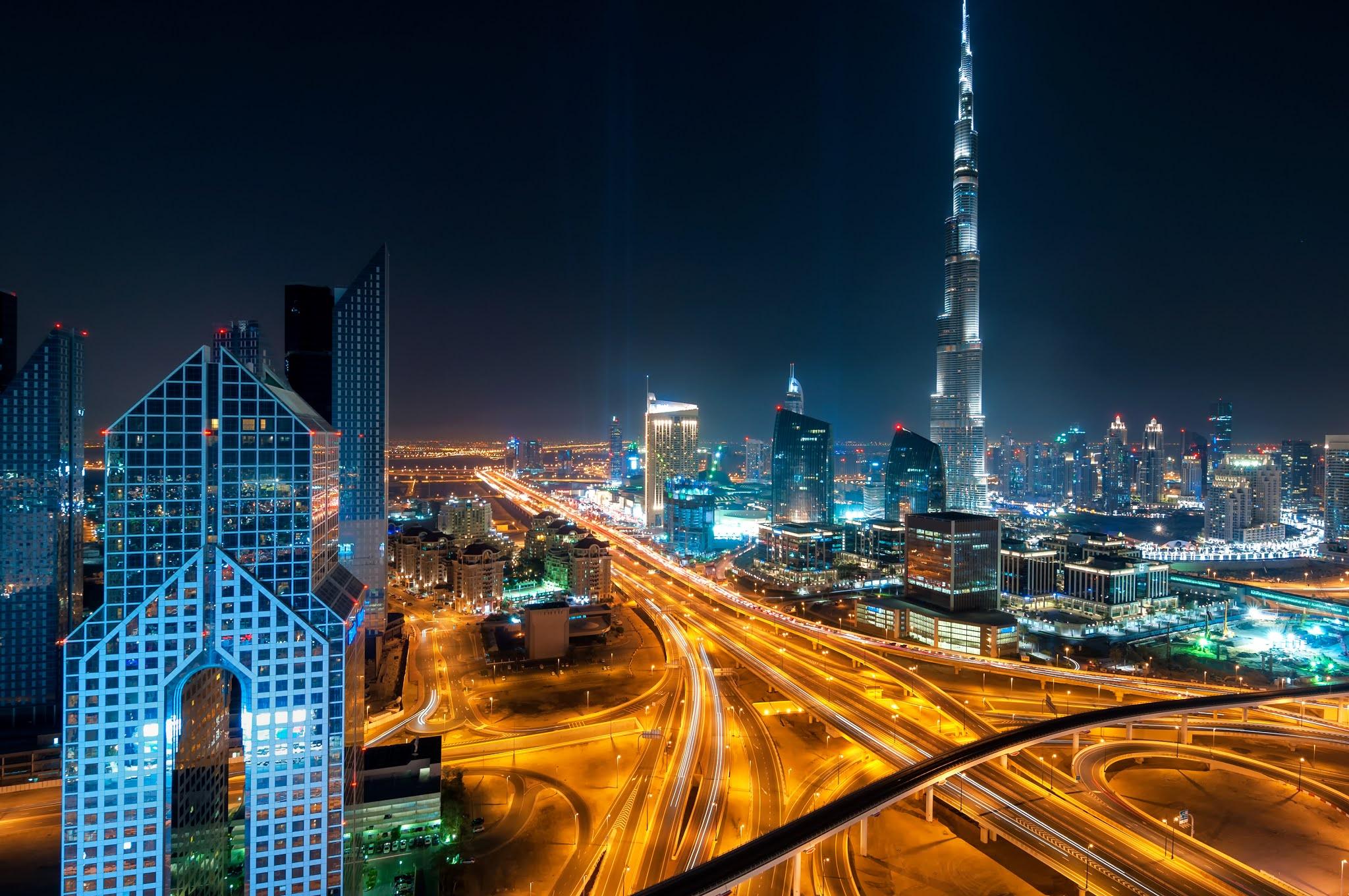 حمدان بن محمد: رؤية محمد بن راشد تحوّل الإمارة إلى مركز للصناعات المتنوعة