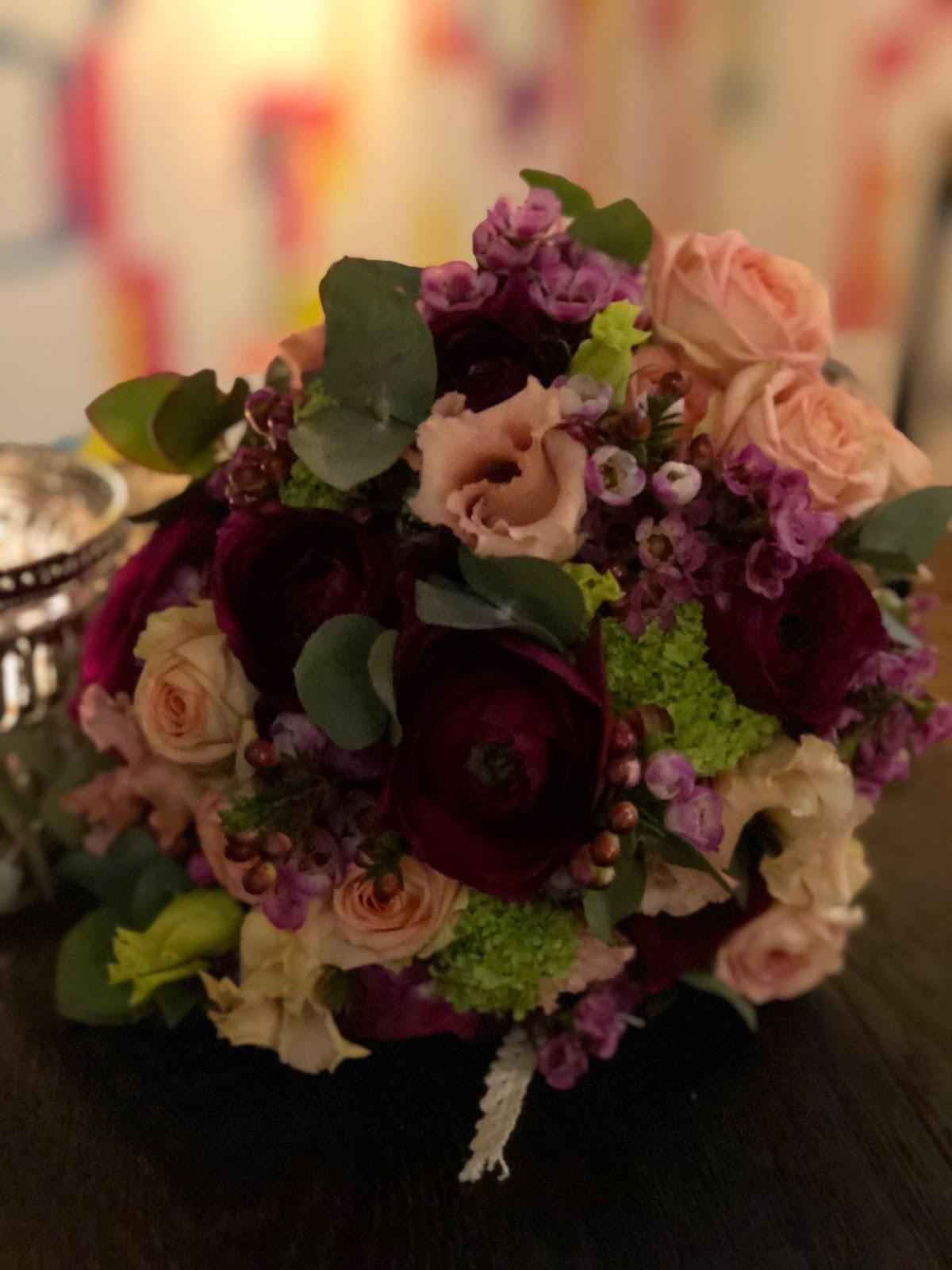 Vintage Brautstrauße, kleine Hochzeit, Standesamt, 4Eck Restaurant, Garmisch-Partenkirchen, 4 weddings & events, Hochzeitsplanung Uschi Glas, heiraten in Garmisch