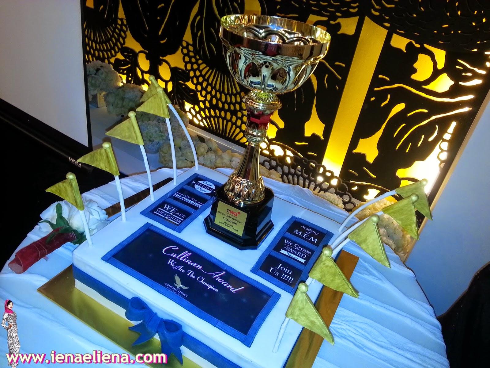 Charisma Legacy Terima Cullinan Award dari CIMB Wealth Advisor(CWA)