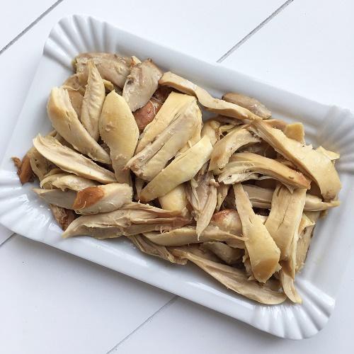 [Basics] Hühnerbrühe aus Hähnchenschenkeln kochen