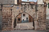 Portal de Santa Engracia, desde la Rambla.