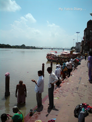 Pilgrims flocking the Yamuna River Ghat, Mathura