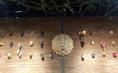 mengenal Karakter Topeng dan Pewayangan Bali