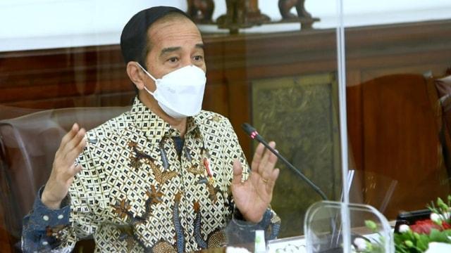 Jokowi Marah, Sudah 11 Bulan Tidak Ada Formula Tepat Kendalikan COVID-19