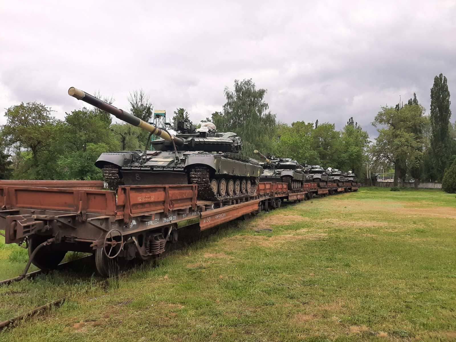 Харьковський завод передав ЗСУ партію танків Т-64