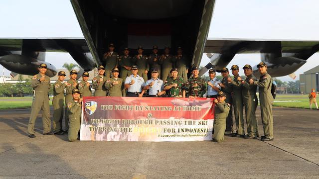 Hercules Penjemput Alat Kesehatan untuk Penanganan Covid-19 Tiba di Halim