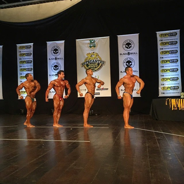 William Soares no palco do Campeonato Estreantes 2015 da IFBB-RN. Foto: IFBB-RN