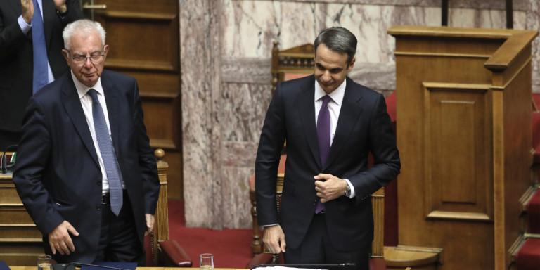 Πήρε ψήφο εμπιστοσύνης η κυβέρνηση Μητσοτάκη -Με 158 «ναι»
