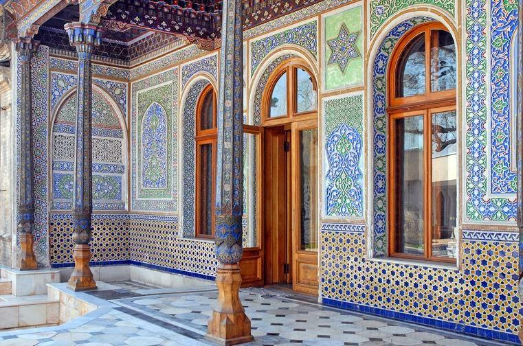 tourisme en ouzb kistan mus e des arts d coratifs tachkent. Black Bedroom Furniture Sets. Home Design Ideas