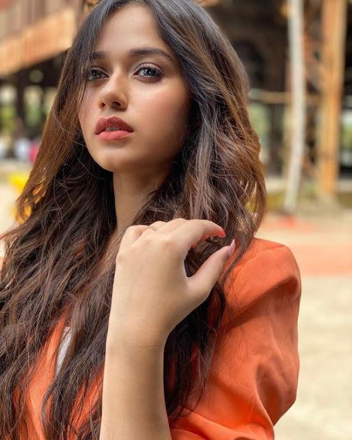 Jannat Zubair Rahmani Age, Instagram, Height, Photo, Boyfriend...
