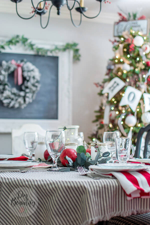 Christmas table with red