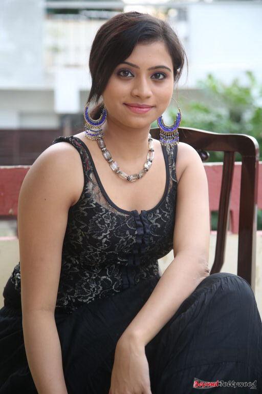 Image Galaxy Actress-Priyanka-In-Black-Dress-Hot-Photos-6083