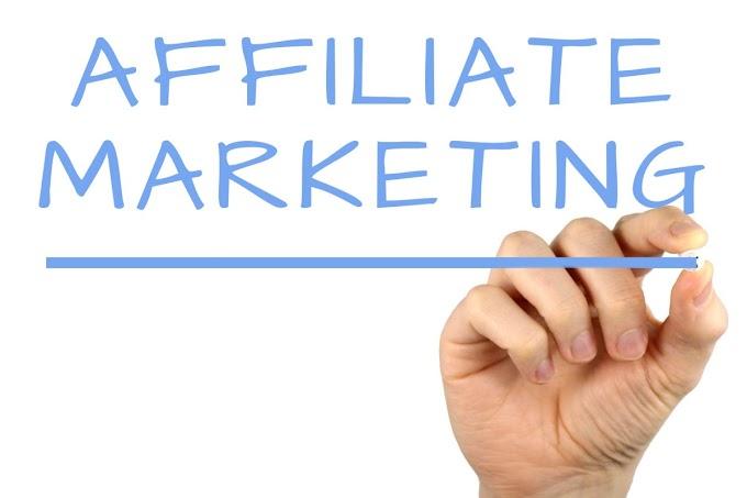 Affiliate Marketing Kya Hai -  लाखों रुपये कैसे कमाए
