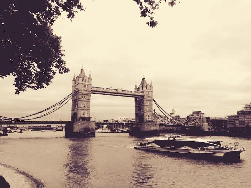 İki Şehrin Hikayesi- Charles Dickens - Kitap Yorumu