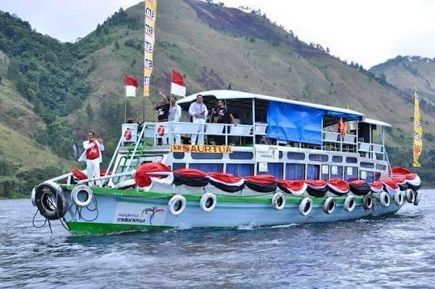16 - 17 Januari Ada Tour Danau Toba, Diatas Kapal Dihibur Musik Batak, Pesan Paketnya