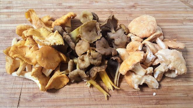 Nettoyer les champignons.