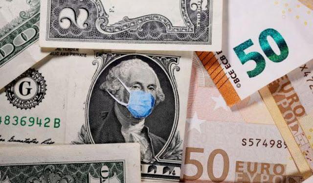 El dólar cae por estímulos en EEUU