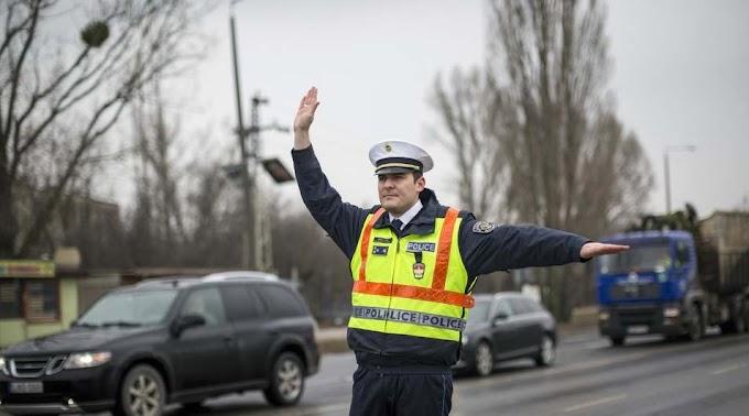 A rutinellenőrzésen bukott le a trükköző sofőr
