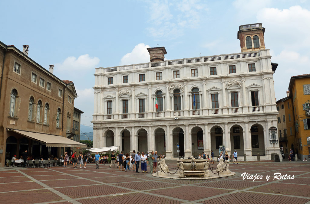 Palacio nuevo, qué ver en Bergamo