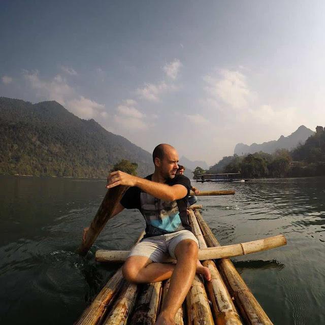 Hồ Ba Bể Bắc Kạn là danh thắng thu hút nhiều khách du lịch