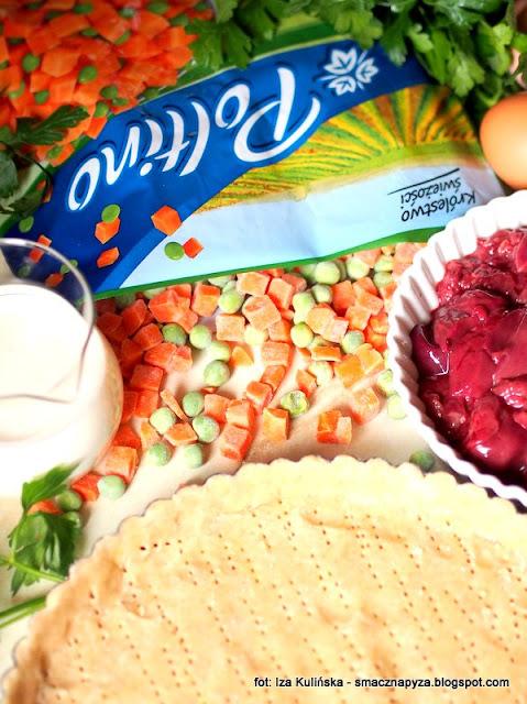kruche ciasto, spod tarty, nadzienie, farsz, podroby, warzywa mrozone, mrozonki, marchew, zielony groszek, co na obiad, obiad z piekarnika, tarta, zapiekanka, poltino