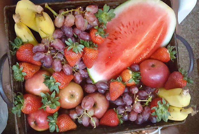 Fruit Basket: The Perfect Present