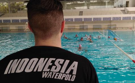 Dalam polo air terdapat dua macam latihan teknik Teknik Dasar Bermain Polo Air Bagi Pemula