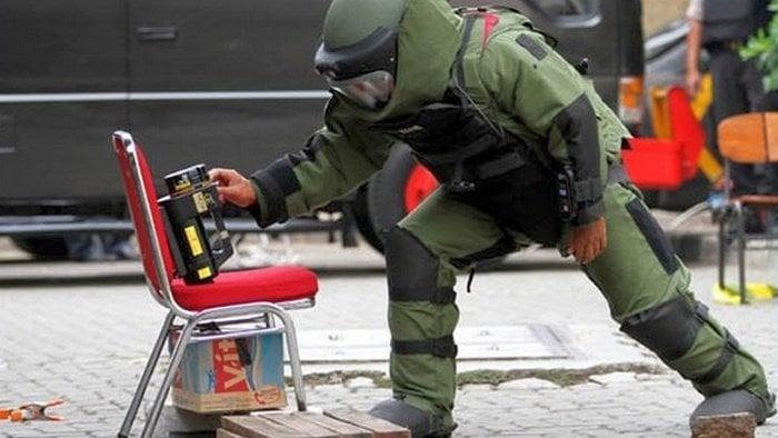 polisi gegana tni, penjinak bom in english, penjinak bom mesir, penjinak bom gagal, penjinak bom terhebat, penjinak bom tni, penjinak bom tewas, penjinak bom lucu, penjinak bom polri, penjinak bom sarinah