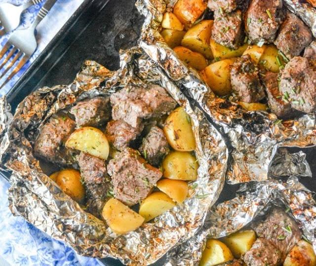 Grilled Butter Garlic Steak & Potato Foil Pack Dinner #quick #weeknight