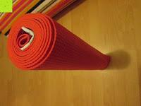 Rolle: Yogamatte »Annapurna Classic« / Die ideale Yoga- und Gymnastikmatte für Yoga-Einsteiger. Maße: 183 x 61 x 0,3cm, in vielen Farben erhältlich.