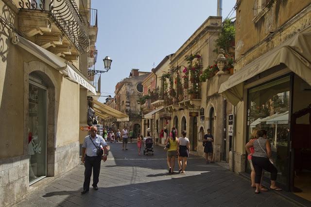 Corso Umberto em Taormina na Sicília