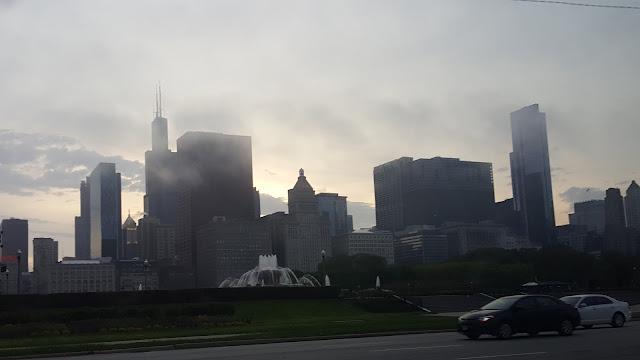 chicago-skyline-foggy-twilight
