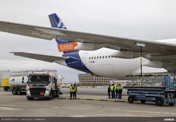 Líderes no setor da aviação lançam primeiro estudo sobre emissões de combustível de aviação 100% sustentável em aviões de passageiros