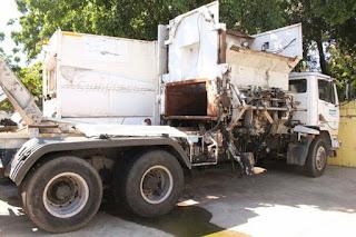 Alcaldía retira todos los contenedores de basura en Santo Domingo Este