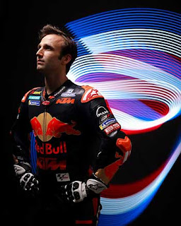 https://1.bp.blogspot.com/-KMFKT1qr8BY/XRXTlsXFEnI/AAAAAAAADc8/5EmHlA8-FdksJY6lDEJ6hGN8YZF7CwLngCLcBGAs/s320/Pic_MotoGP-_0173.jpg