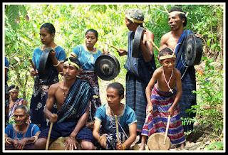 Gong Waning Musik Tradisional Dari Sikka, NTT