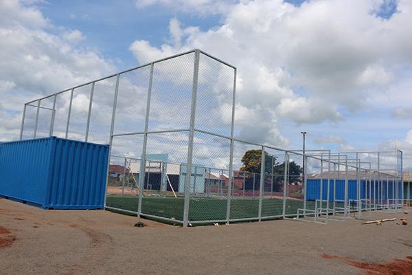 Arena Multiuso Esportiva está sendo instalada em Roncador