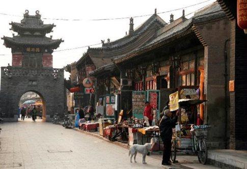 Κίνα: Μια αρχαία καστροπολιτεία αναγεννάται από τις στάχτες της