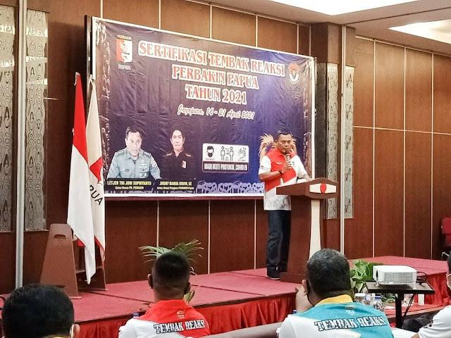 Izak Pangemanan Hadiri Pembukaan Sertifikasi Perbankin Papua