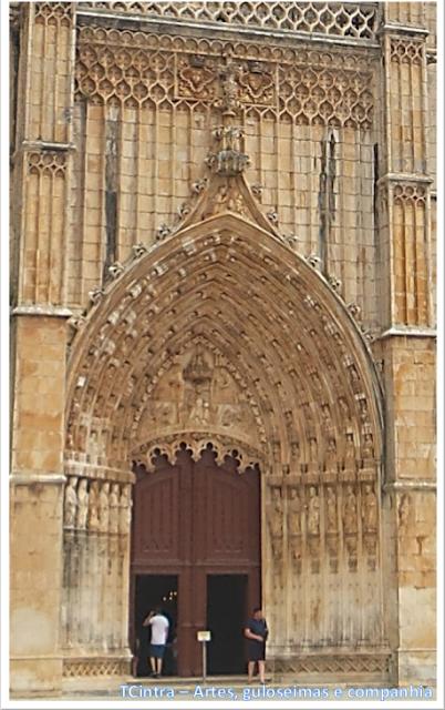 viagem sem guia; Europa; Portugal; Mosteiro da Batalha; estilo Manuelino