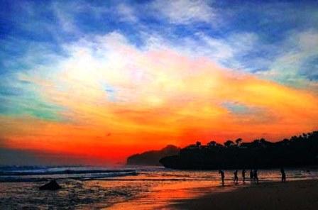 Wisata Pantai Drini Yogyakarta