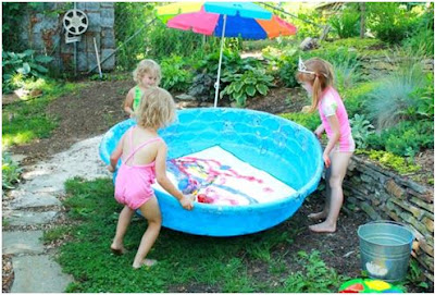 Arte para niños en piscina