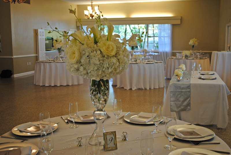 Real Royal Weddings: Davis Island Garden Club All White