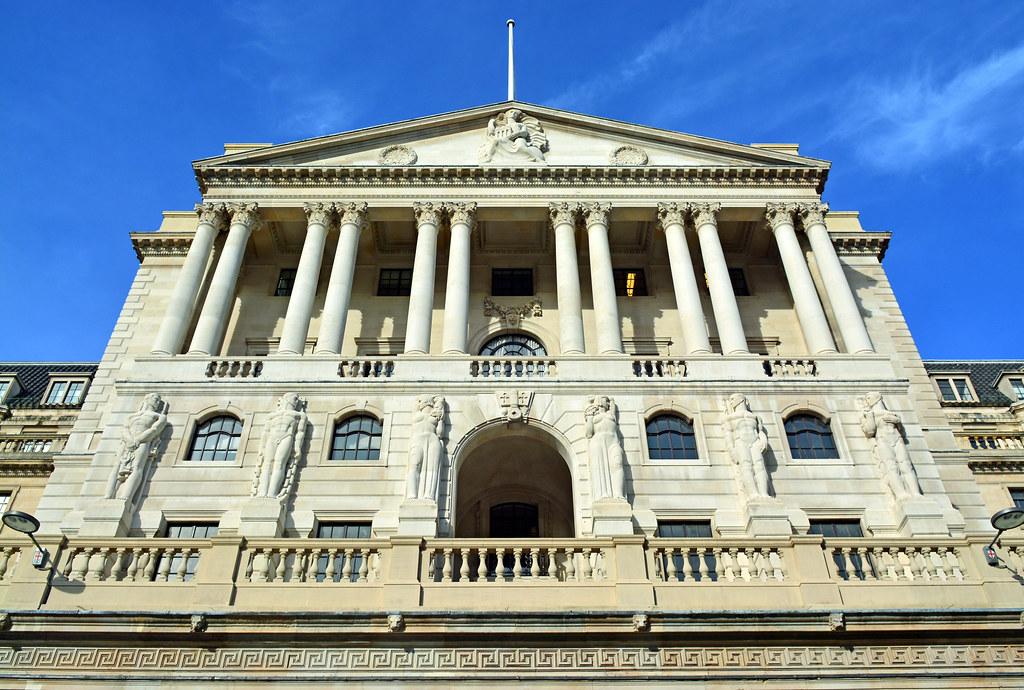 Банк Англии: отчет о денежно-кредитной политике и промежуточный отчет о финансовой стабильности
