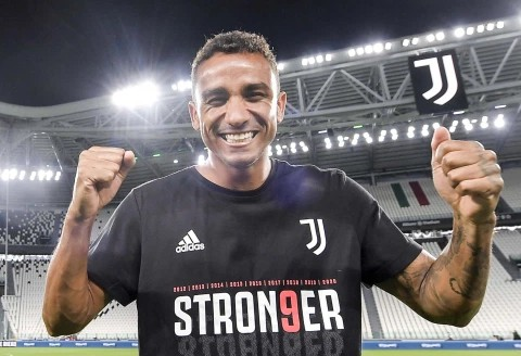 Danilo reacted to Fifa for claiming Cristiano Ronaldo is only player to win Serie A, Prem and LaLiga