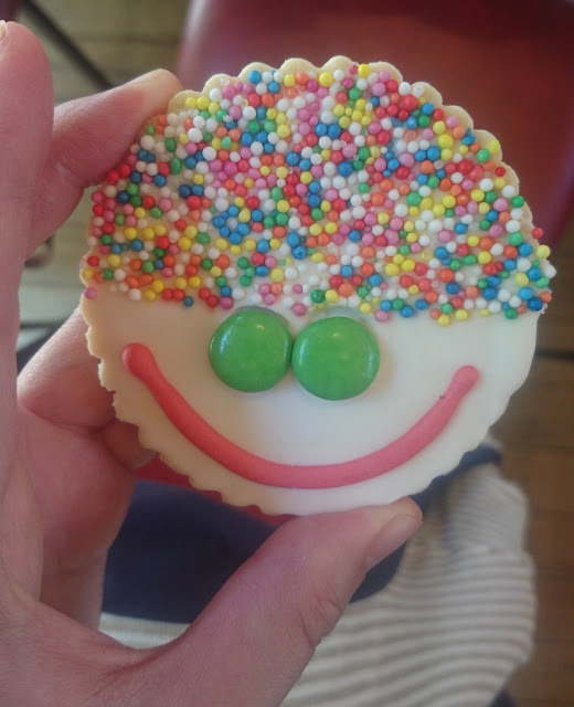 Grants on Sherbrooke, Kallista, biscuit