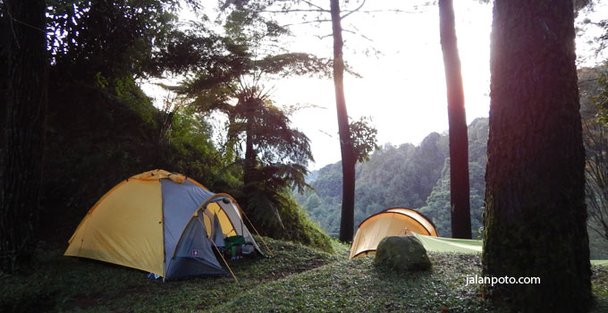 tenda dome sukamantri