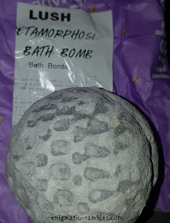 Review-Lush-Metamorphosis-Bath-Bomb
